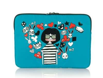 marc-by-marc-jacobs-miss-marc-3d-laptop-case-02